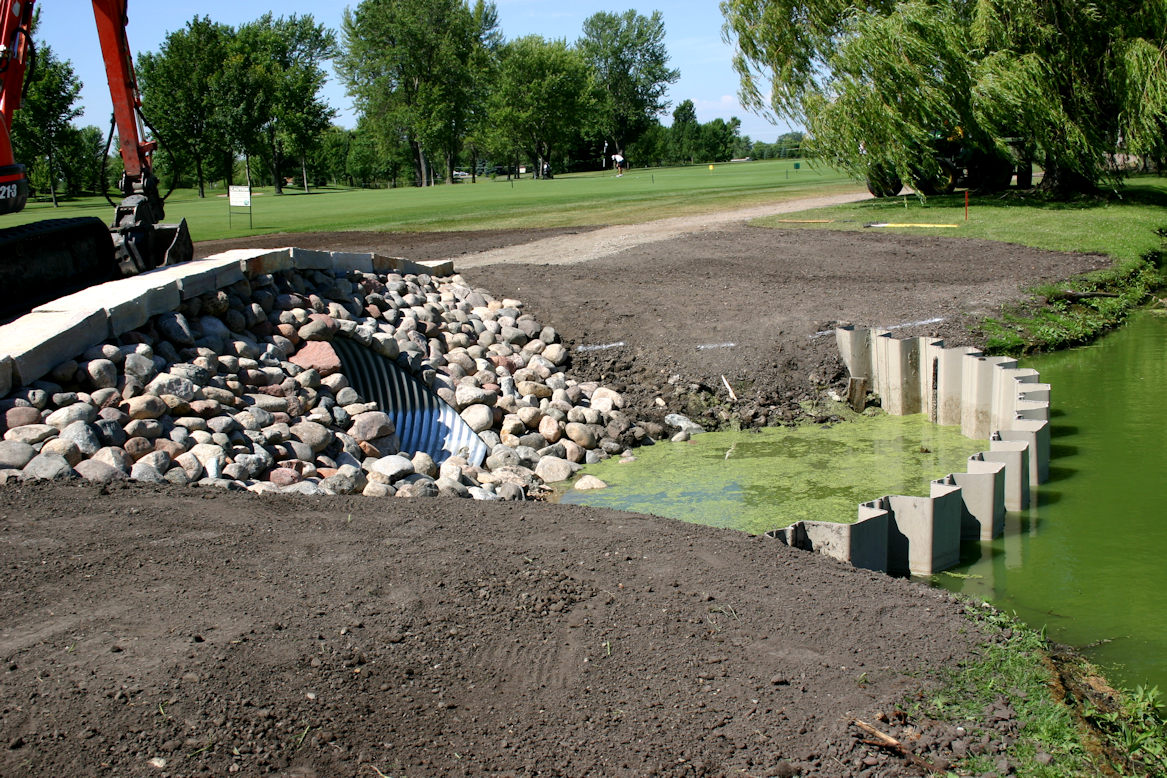 Bridge construction at Medina Golf and Country Club